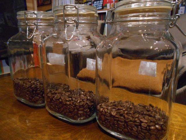 コーヒー粉の正しい保存方法。劣化させないための容器と保存場所。