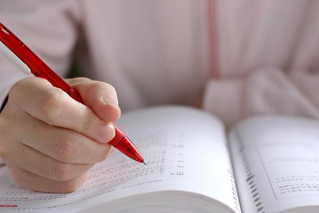 不登校生が家でも勉強しない心理状況とは?大きな3つの理由と対応策。