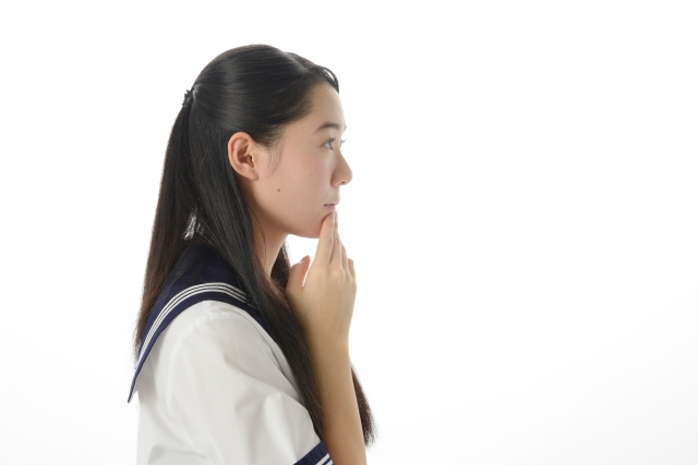 登校拒否と不登校の違いとは?不登校の定義から原因まで詳しく解説