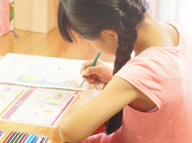 勉強が嫌いで不登校になってしまった子どもへの適切なサポート方法