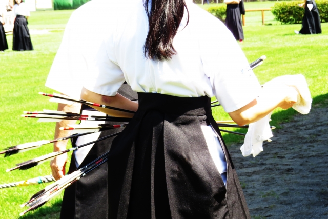 弓道初心者がまず覚えるべき「基本動作」と「弓を引く動作」を詳しく解説