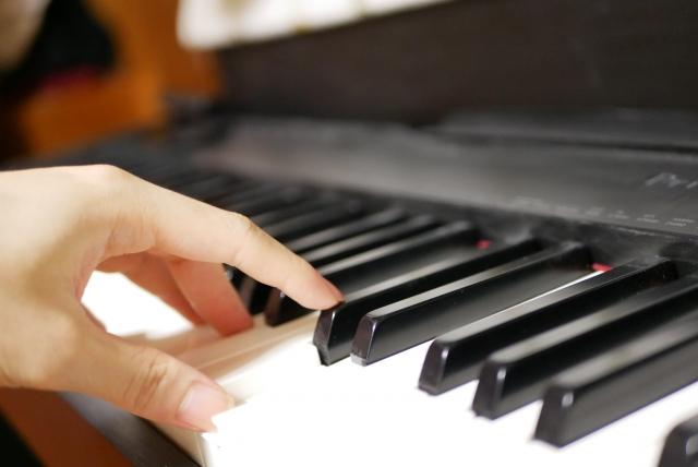 ピアノコードの覚え方。ルールが分かれば劇的に覚えるのが簡単になる!