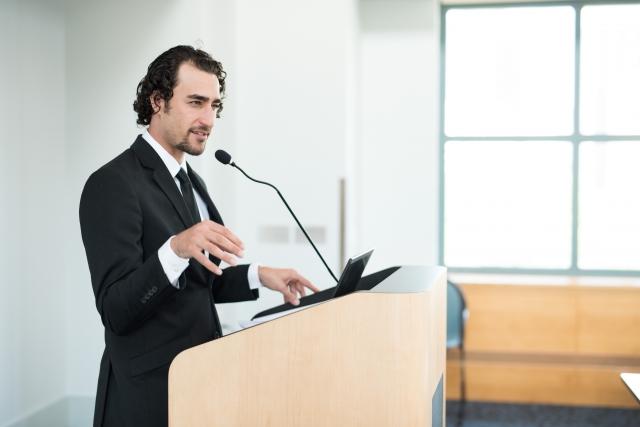 大学教員の仕事内容とは?異なる3つの業務を詳しく解説します。