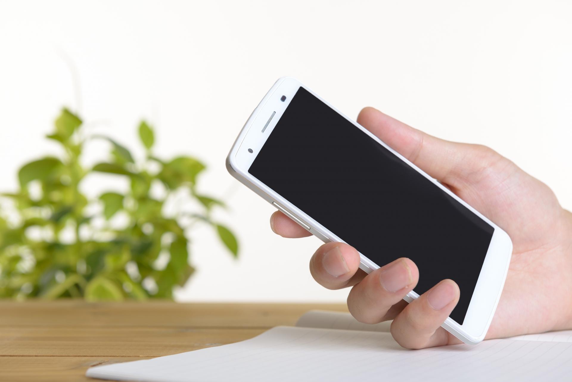 携帯ショップの正社員のきつい仕事内容とは?離職率の高い裏事情。