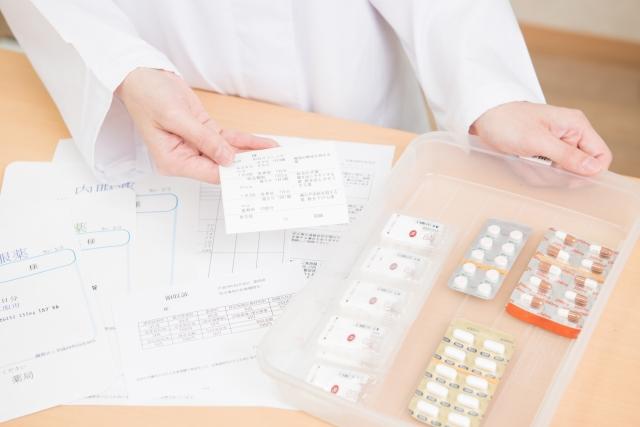 薬学部を選ぶ大切なポイントとは?将来を見据えて後悔しない選択の仕方。