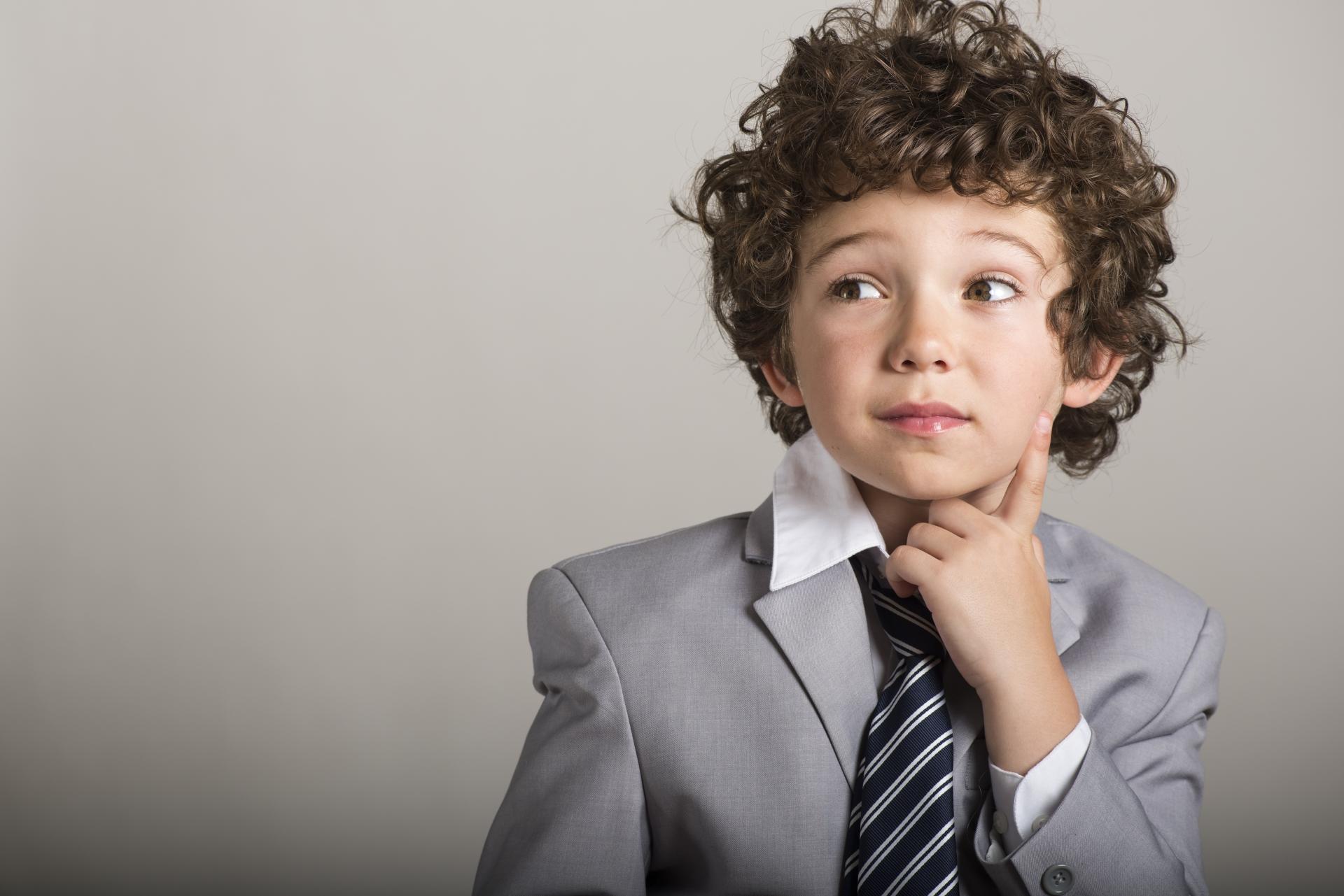 頭のいい子の4つの特徴。賢い子どもをダメにするNG行動とは?