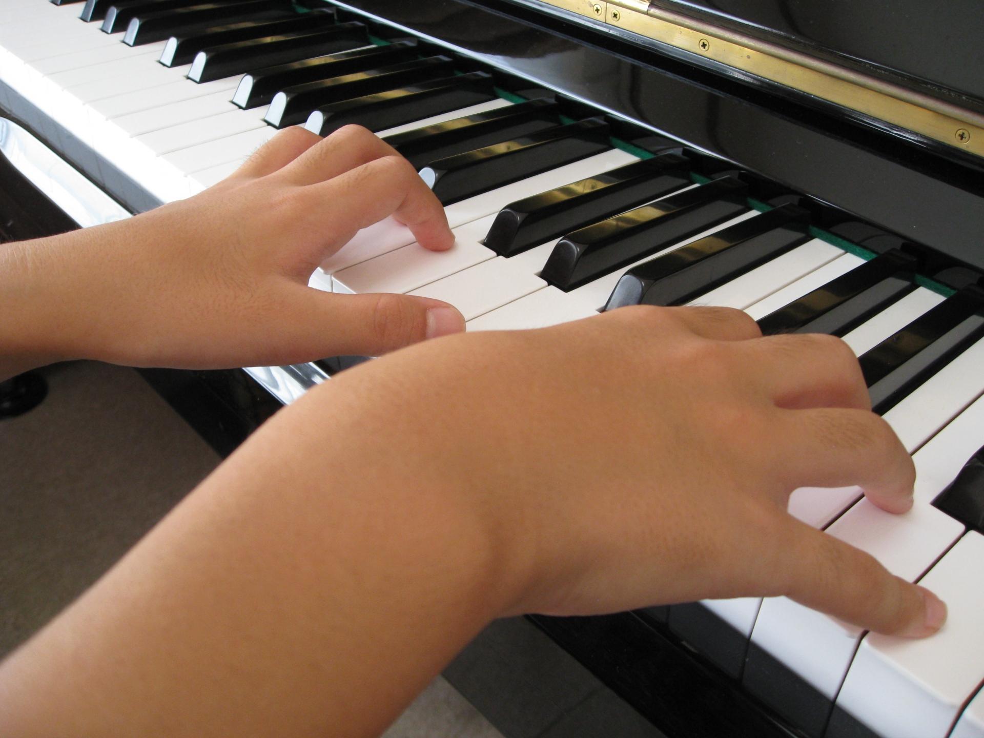 ピアノが上手い人と下手な人の特徴と違いとは?上手な人の練習方法。