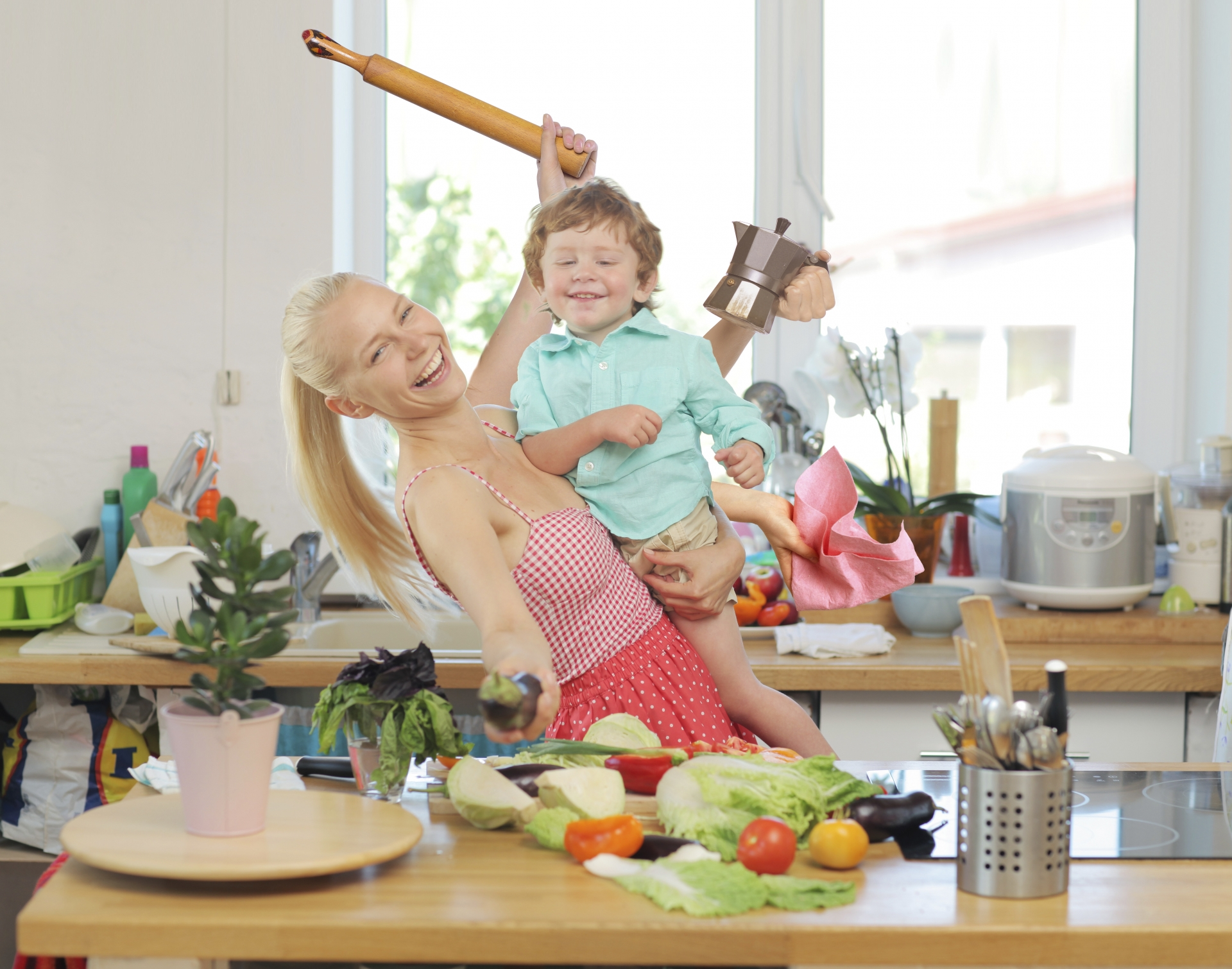共働きで夫が単身赴任に!ワンオペ育児への対策と無理なく乗り切る方法