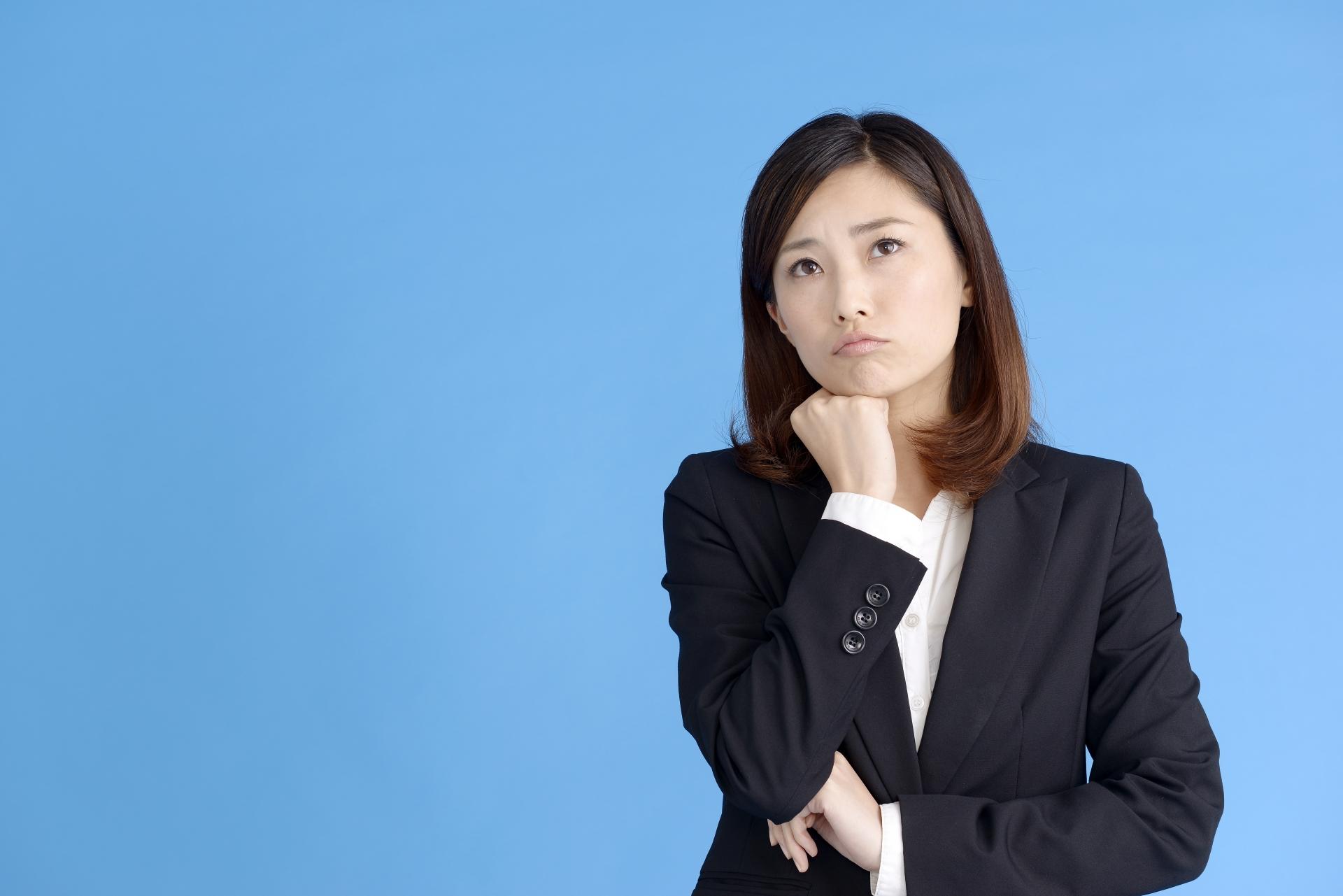 正社員で応募したのに契約社員からと言われた時、注意すべき3つのポイント
