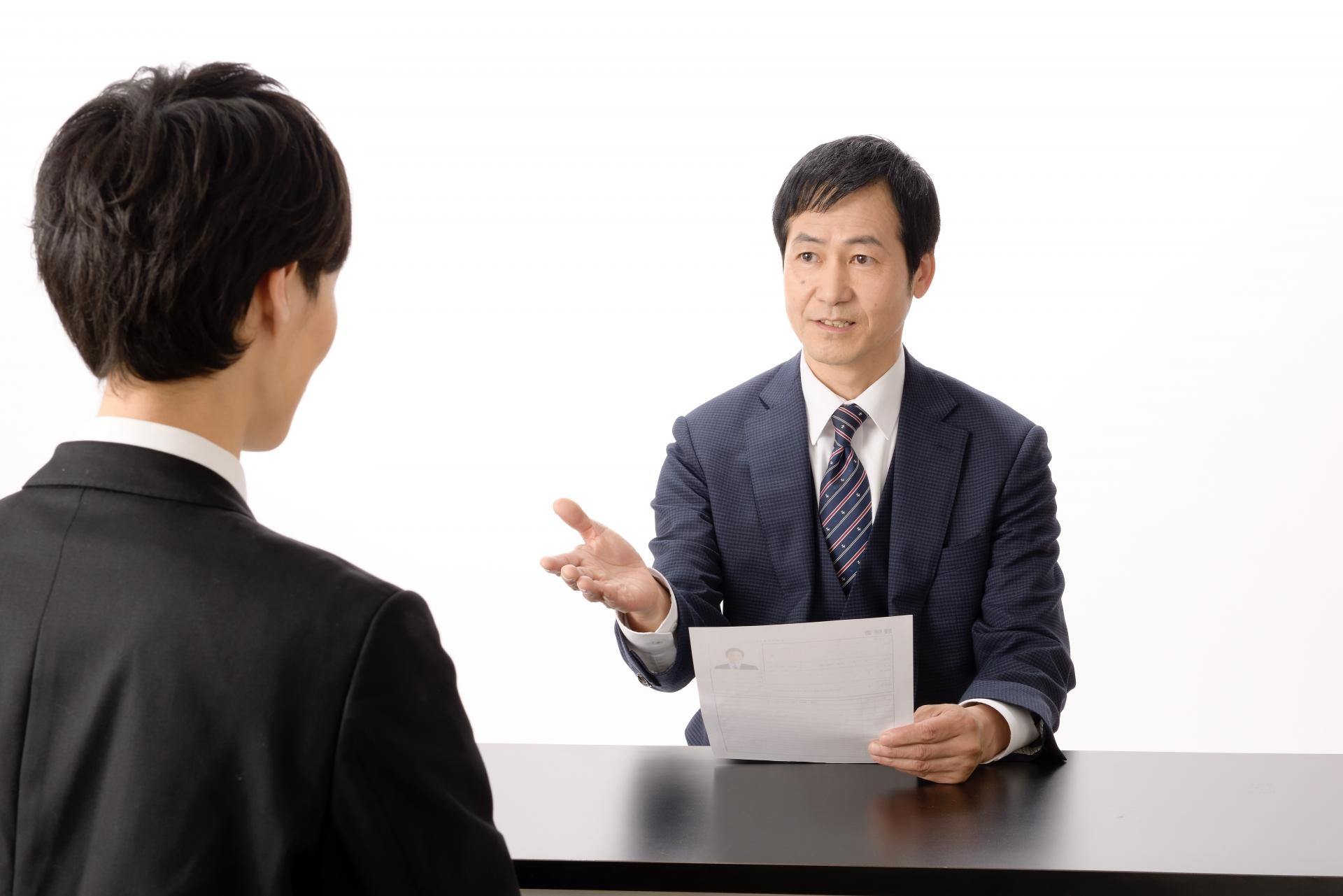 同業他社への転職を成功させるポイント。面接での注意点を解説。