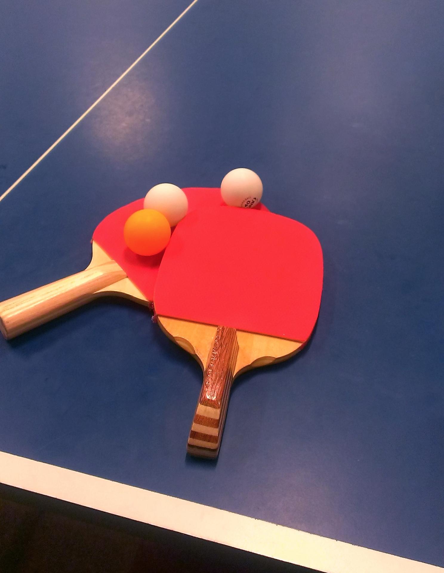 卓球のロビングの打ち方。練習方法と5つのコツ、打ち返し方を解説