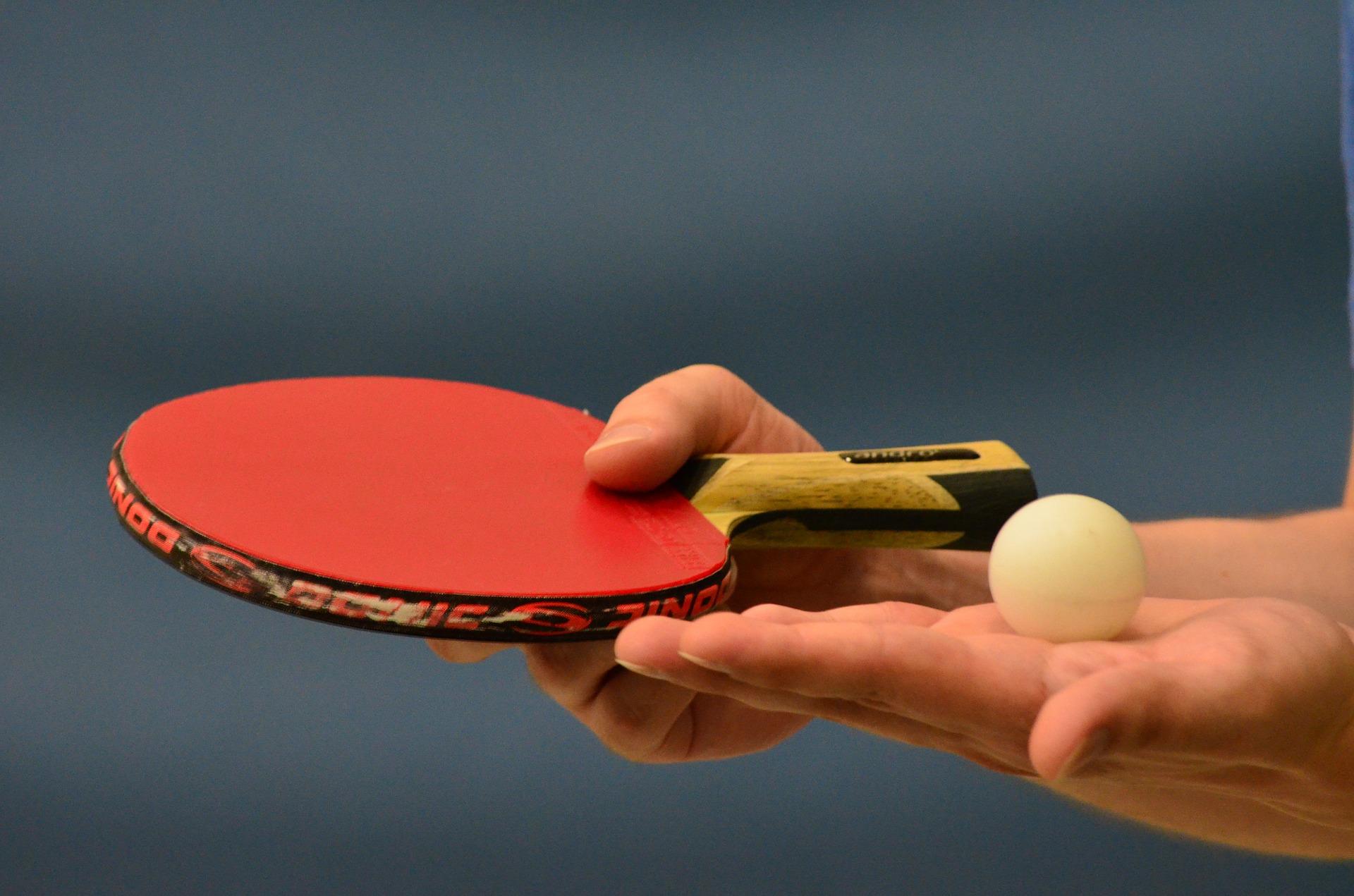 卓球下回転サーブの打ち方とコツ。初心者のための練習方法を紹介。
