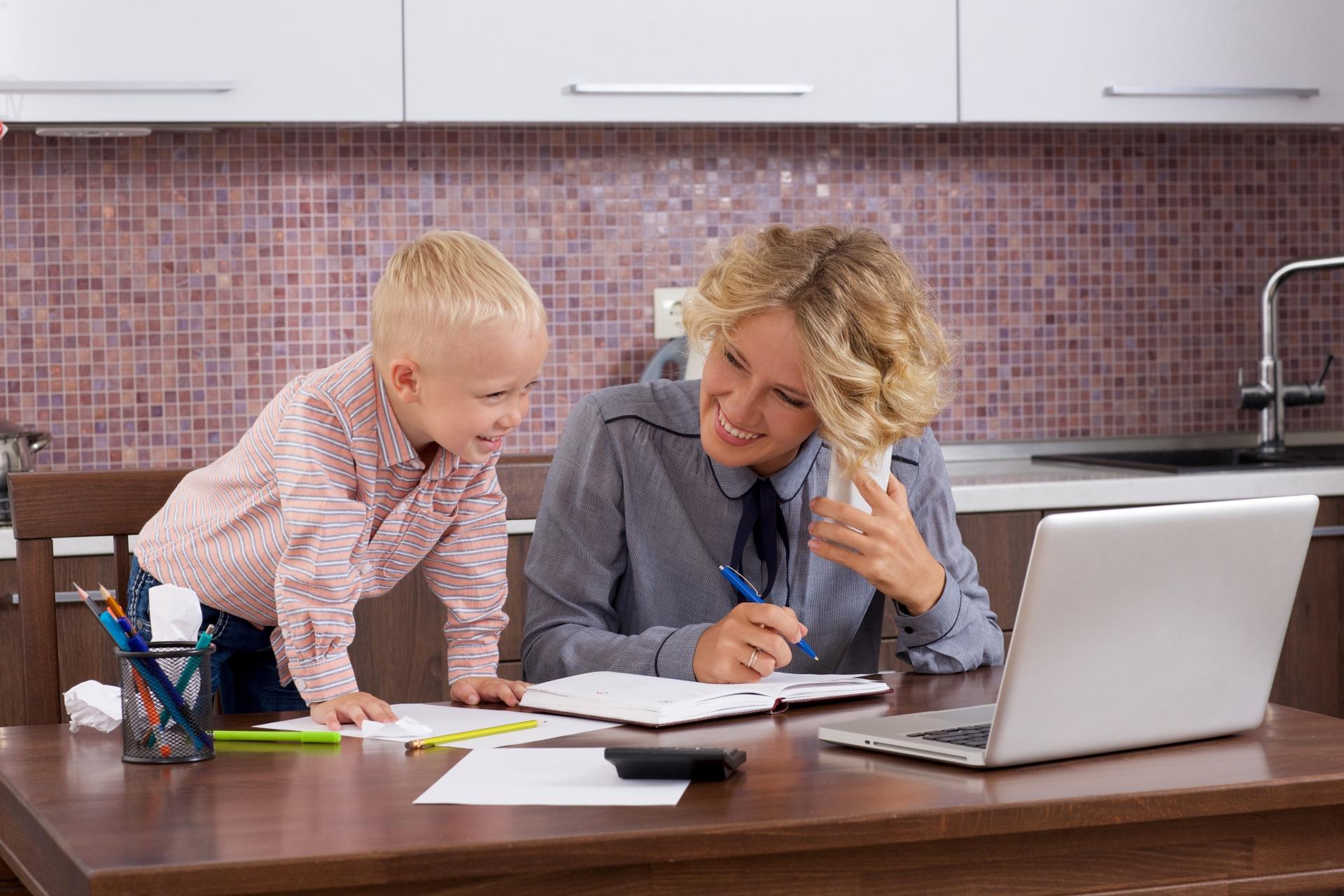 産休・育休明けの仕事で注意すべき点や心構えなど6つのポイント。
