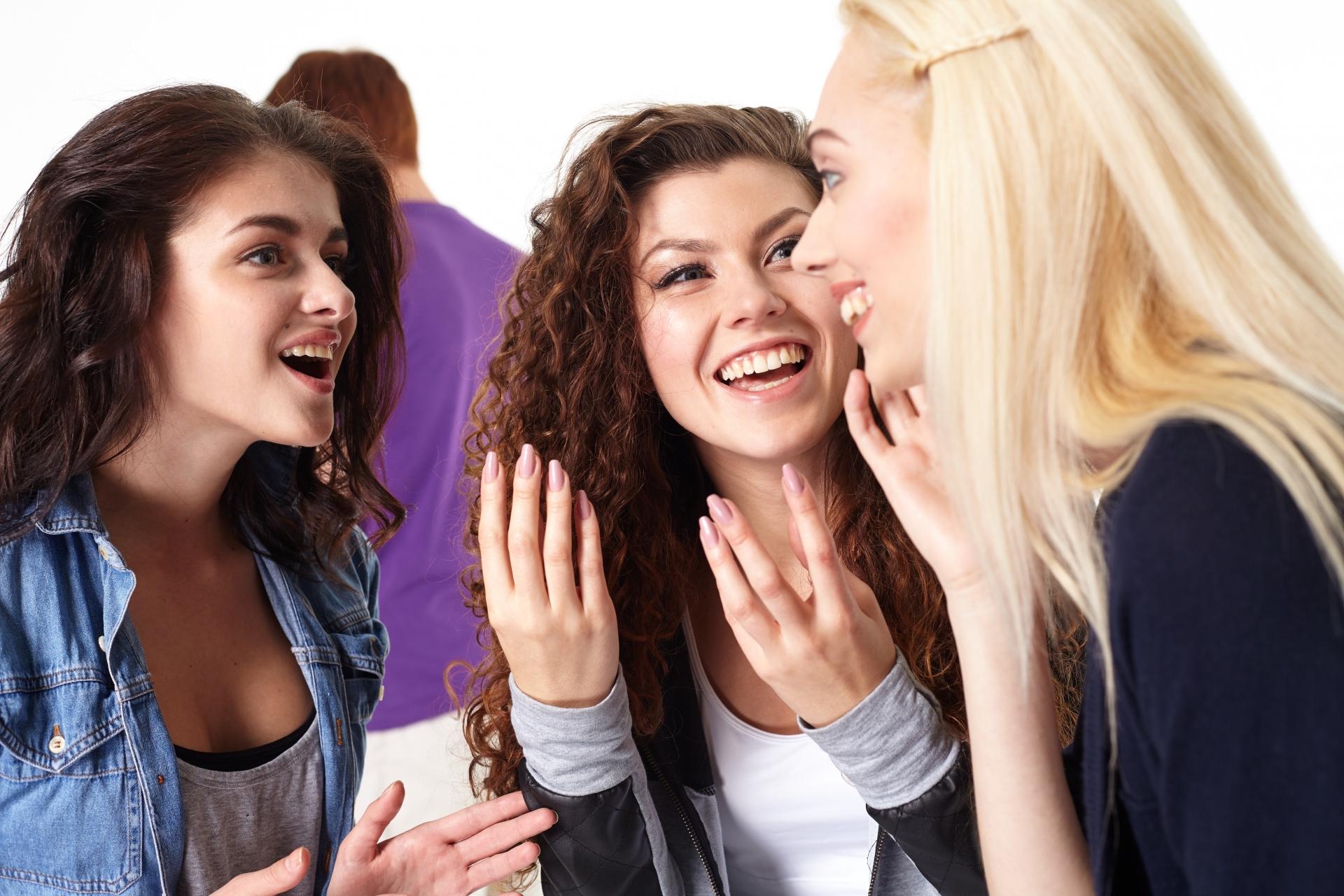 初対面の人との会話で好印象を与えるために、注意するべき5つのポイント