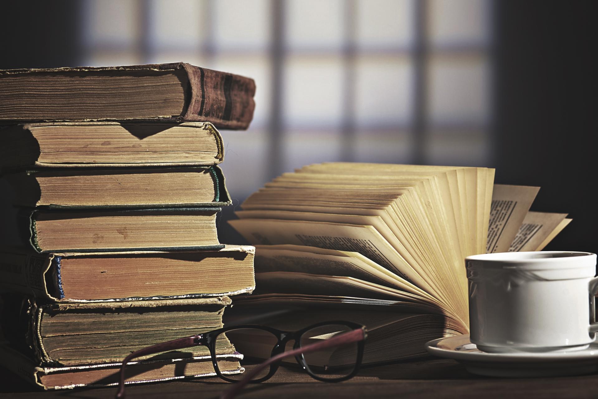 哲学の初心者に読んでほしい、分かりやすい哲学書おすすめ8選をご紹介
